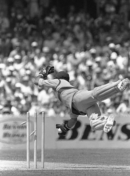 The West Indian wicket keeper Jeff Dujon kept to the best bowling unit of that time and collected a total of 204 victims during his 10 year career. (Photo Source: Getty Images)