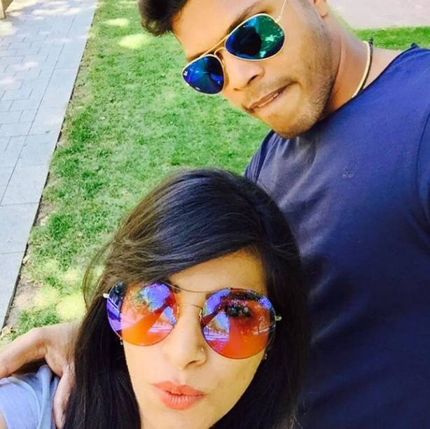 dhoni and his wife images
