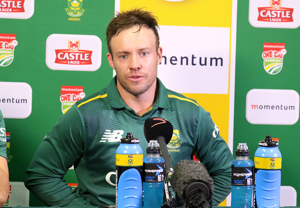 AB-de-Villiers-speaks-to-the-media