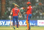 Dwayne Smith and Brendon McCullum IPL 9