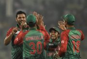 Bangladesh cricket team celebrates the wicket