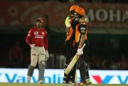 Yuvraj Singh-Ben Cutting Sunrisers Hyderabad