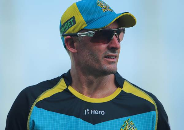 Michael Hussey News