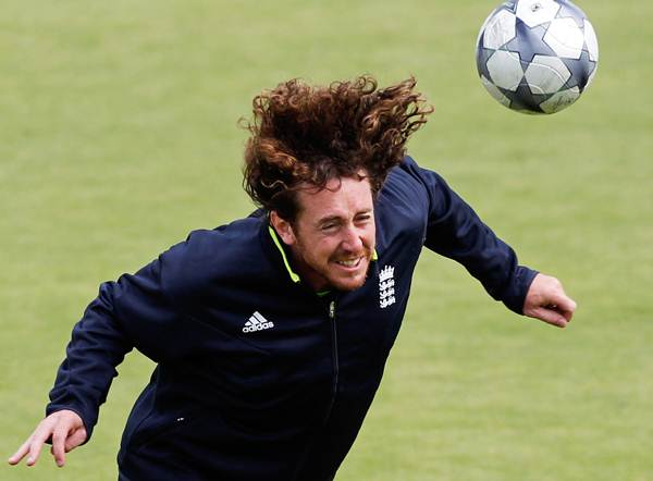 Ryan Sidebottom of England plays with a fooball during a team training session at the Swalec Stadium in Cardiff on September 6, 2010.    England are set to play Pakistan in their second International Twenty20 cricket match on Tuesday.      AFP PHOTO / IAN KINGTON (Photo credit should read IAN KINGTON/AFP/Getty Images)