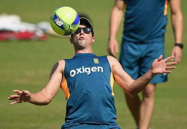 South Africa's AB de Villiers plays football during a training session at The Wankhede Cricket Stadium in Mumbai on March 17, 2016. South Africa plays the World T20 cricket tournament match against England on March 18, in Mumbai. (Photo credit PUNIT PARANJPE/AFP/Getty Images)