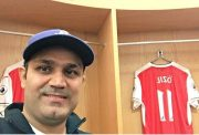 Sehwag at Arsenal Dressing Room