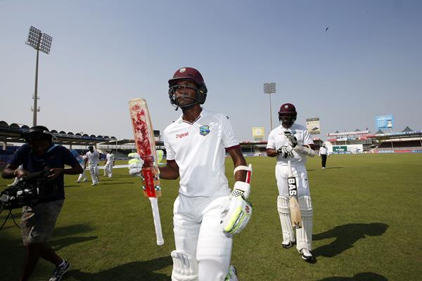 SHARJAH, UNITED ARAB EMIRATES - NOVEMBER 01:Ê Kraigg Brathwaite of the West Indies finishes on 142 not out on day three of the third test between Pakistan and West Indies at Sharjah Cricket Stadium on November 1, 2016 in Sharjah, United Arab Emirates.Ê (Photo by Chris Whiteoak/Getty Images)