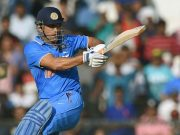 MS Dhoni sixes
