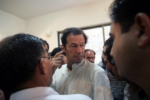 Imran Khan Believes The Current Pakistani Side Can Become