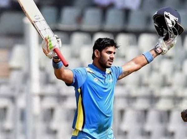 Tiwary wins it for Bengal, helps Delhi enter Hazare quarters