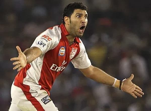 Yuvraj Singh consoles Kings XI Punjab after their ouster from IPL 10
