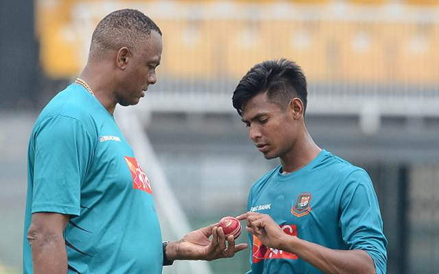 Courtney Walsh Mustafizur Rahman