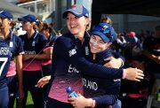 Sarah Taylor and Tammy Beaumont of England