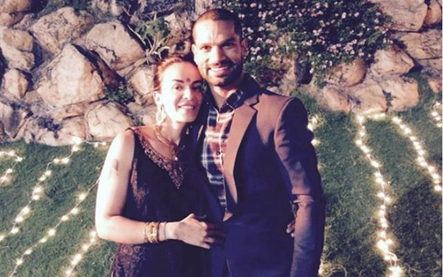 Shikhar Dhawan's family could not 'Fly Emirates'