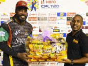 Chris Gayle receives the power shot prize
