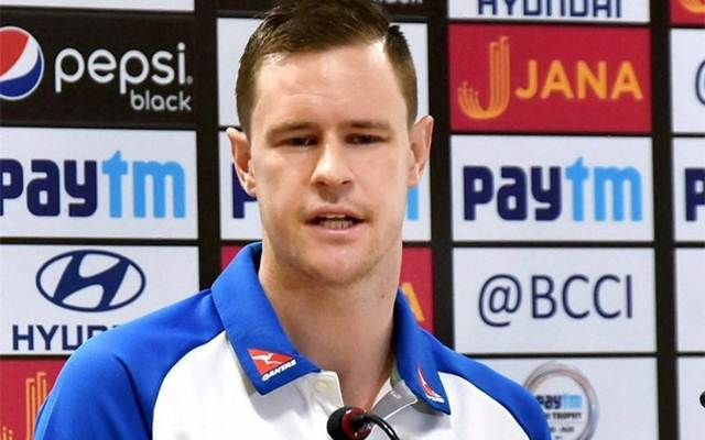 Ranchi T20I: Australia manage to reach 118/8 in rain-hit match