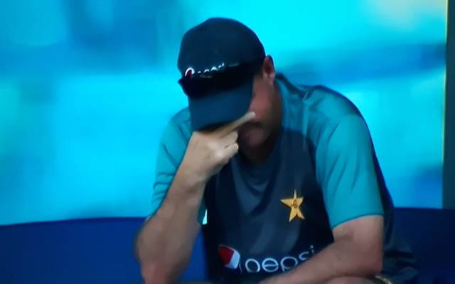 Wahab Riaz amazes all with five failed run-ups in a row