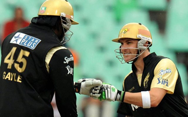 Chris Gayle vs Brendon McCullum
