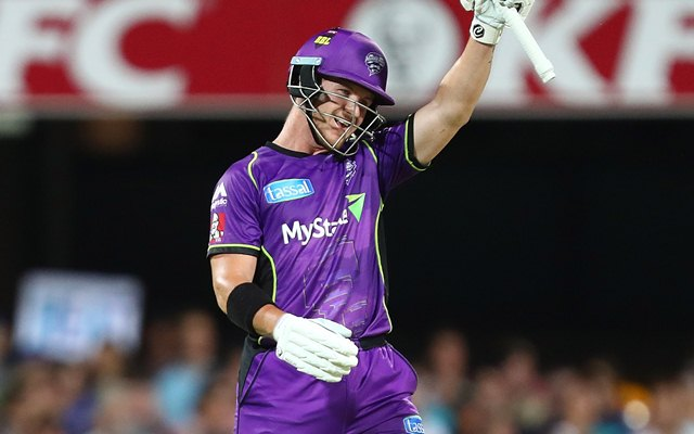 Australian batsman dismssed for obstructing the field in BBL, draws polarised reactions