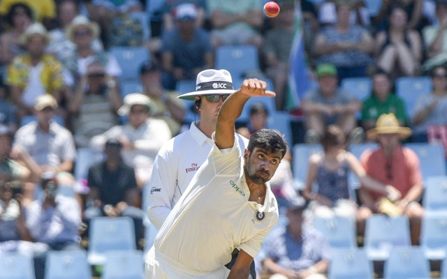 India ruin S.Africa's progress with run outs as Amla falls