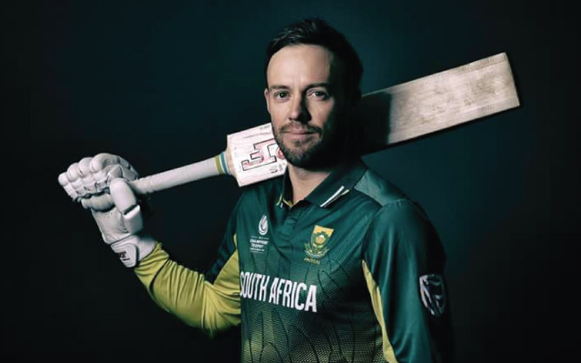 Knee injury rules de Villiers out of T20Is