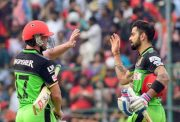 AB de Villiers & Virat Kohli, cricketers and super heroes