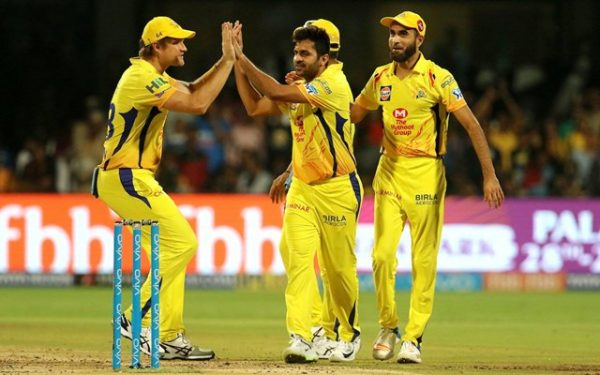 Twitter Reactions: Suresh Raina special takes Chennai Super Kings to 169