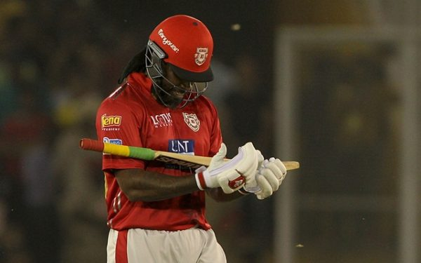 Gayle extends record as Kings XI stun Sunrisers