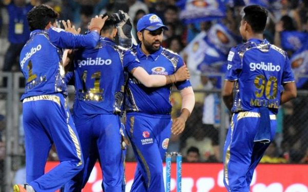 IPL-11: Sunrisers score dramatic one-wicket victory over MI class=