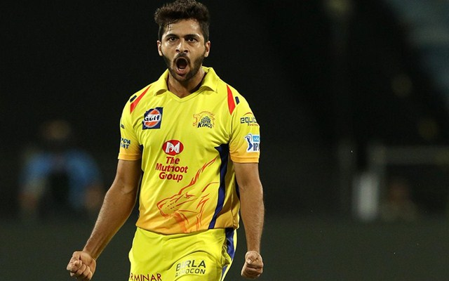 IPL 2019: Shardul Thakur takes tips from Zaheer Khan ahead of MI-CSK clash at Wankhede