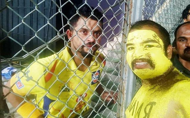 Suresh Raina with a die-hard fan