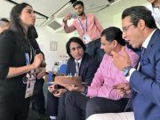 Waqar Younis and others celebrate Wasim Akram's birthday