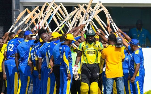 Chris Gayle gets a guard of honour ahead of his last List-A game for Jamaica