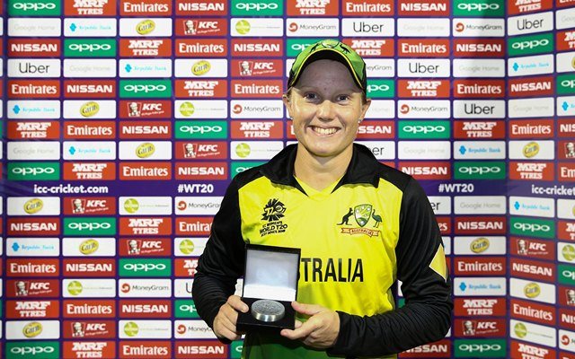Lanning smashes record 133 as Australia storm to T20 victory