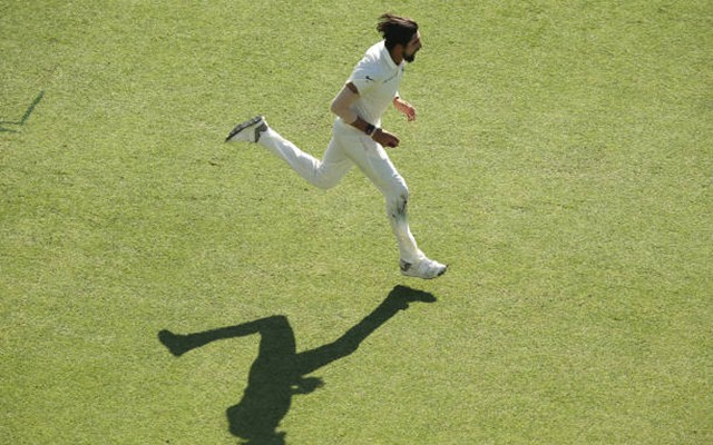 Virat Kohli scores century against Australia in Perth
