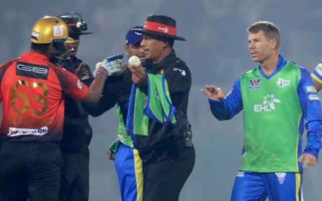 David Warner bats right-handed in Bangladesh Premier League