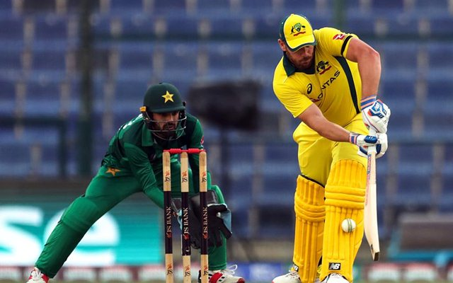 Australia beat Pakistan by 6 runs in fourth ODI
