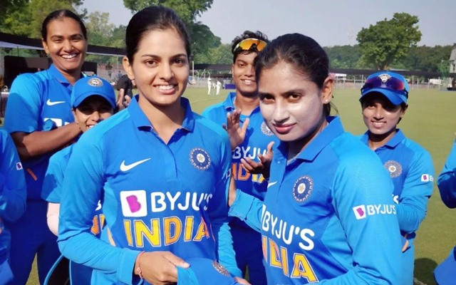 India women beat SA by 5 wickets, seal series win