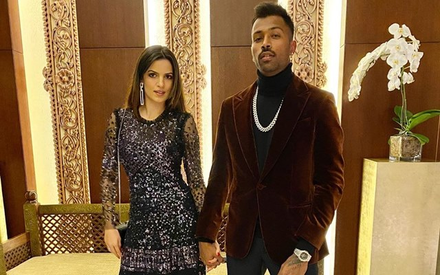 Hardik Pandya announces engagement with Natasa Stankovic