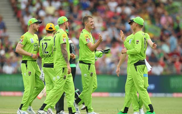 Openers guide Brisbane Heat to victory over Sydney Thunder