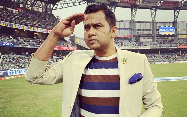 Aakash Chopra gives a befitting reply to a Pakistan fan who mocked Team India after losing WC Final thumbnail