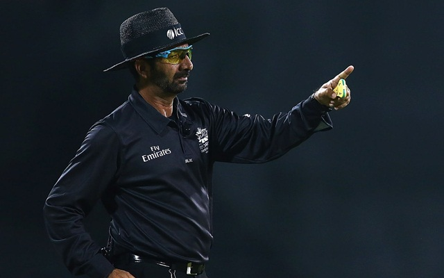 ICC umpire Anil Chaudhary solves network issues in his village