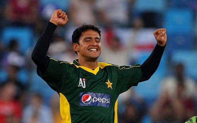 Former Pakistan all-rounder Yasir Arafat picks combined India-Pakistan all-time T20 XI, MS Dhoni to lead